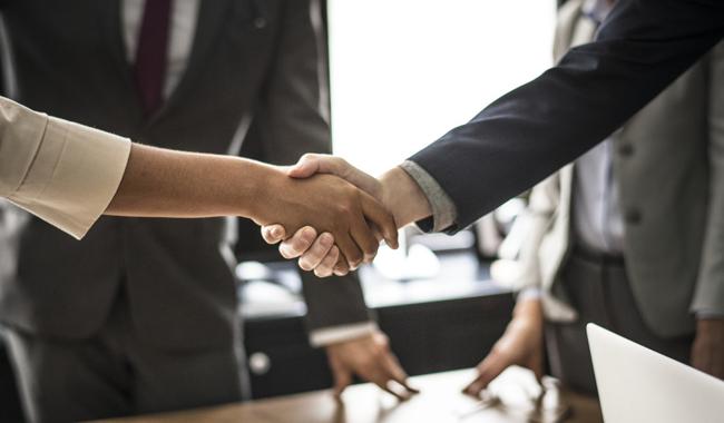handshake exhibiting abroad details
