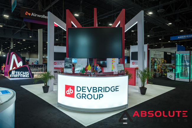 Devbridge-trade-show-exhibit