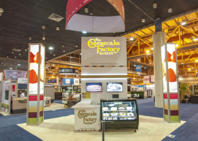 Cheesecake-Factory-food-trade-show-exhibit